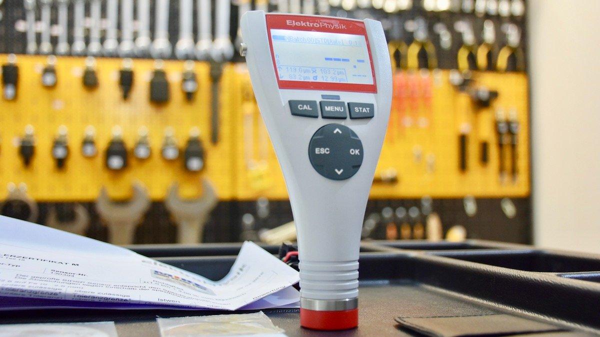 Máy đo độ dày lớp phủ MiniTest 725F15, từ 0 đến 15000µm, ± (5 µm + 0.75%)