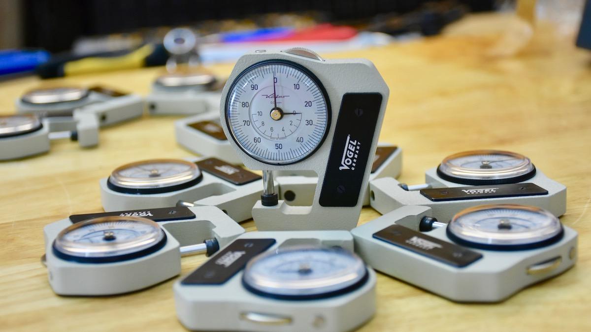 Đồng hồ đo độ dày tôn thép bỏ túi dải 0-10 mm, đo độ dày tôn, thép.