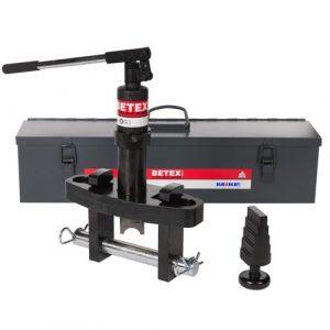 Thông số kỹ thuật của đầu tách mặt bích bằng thủy lực  Model: BETEX PFS 10TI Mã đặt hàng: 789413 Tải trọng: 10 tấn Kích thước bulong: M33 Khoảng tách: 3.3 - 28.7mm Khoảng dịch chuyển ngàm: 104 - 216mm Trọng lượng: 17,5 kg.