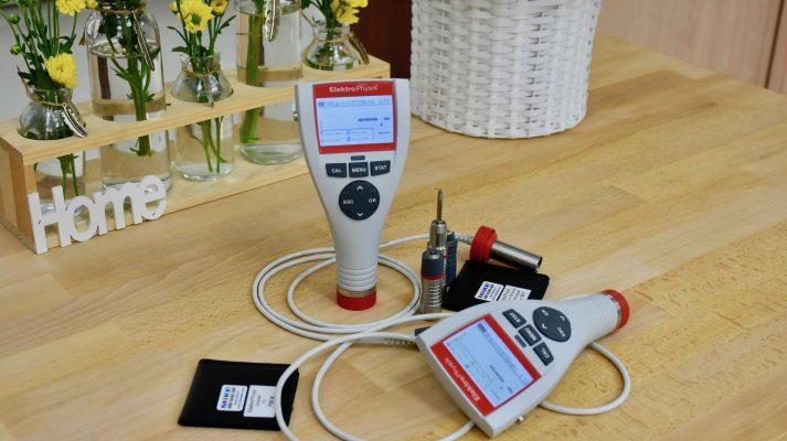 Cặp máy đo độ dày sơn Minitest 745